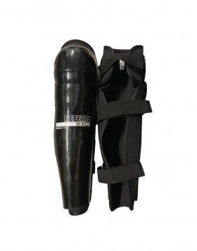 CCM Referee Senior Shin Guards