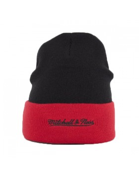 Mitchell & Ness Chicago Bulls Arched Cuff Winter Hat